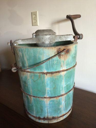 vintage 1923 white mountain freezer 6 quart wooden ice cream maker