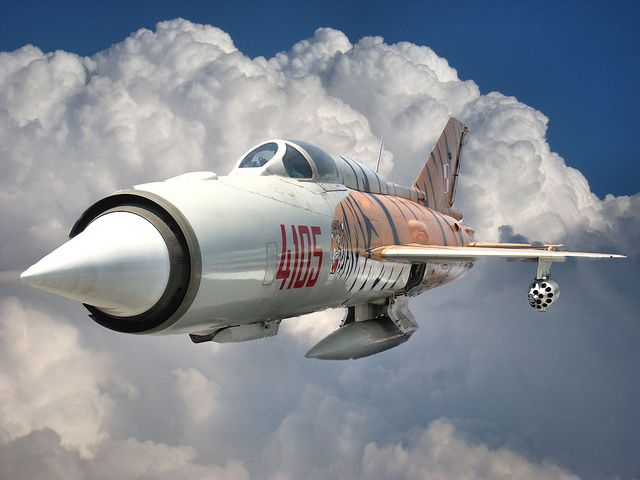 jet fighter/mig-21 fishbed