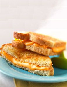 Classic all time favorite grilled cheese sandwich! there's nothing healthy about this but damn it is a good sandwich!