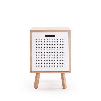 Ray nattbord fra Department. Et moderne og pent bord i skandinavisk design. Designen er myk, stilren...