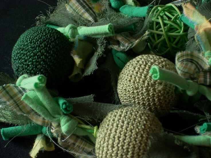 Különleges kombinált nyaklánc zöld