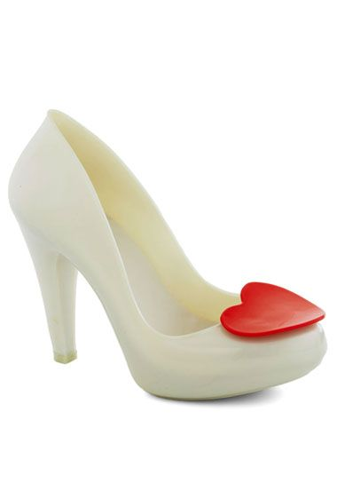 perfect red heart shoes for your wedding day!