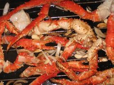 This gourmet crab legs recipe is best prepared using an electric roaster. If you don't have one, these can be prepared in a large stock pot. We start with frozen crab legs, so if using fresh you'll need to reduce your cooking time by about 10 minutes.