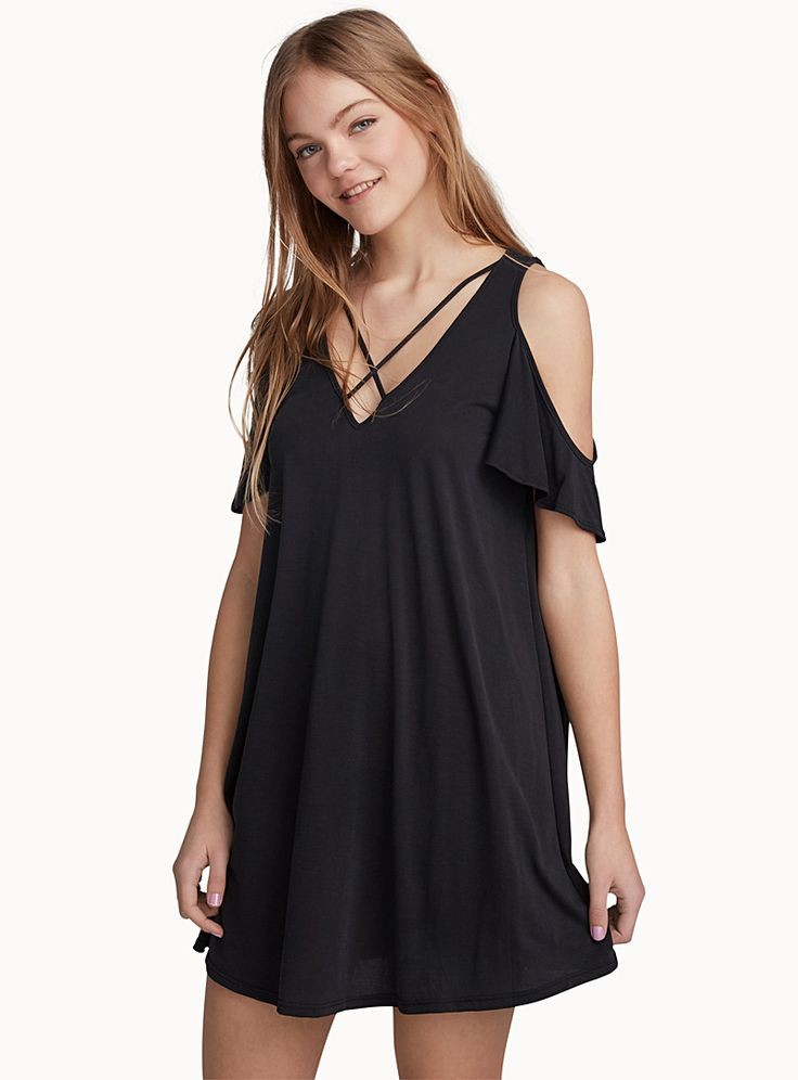 Exclusively from Twik - A sporty chic dress for any occasion - Ultra soft and light modal blend - Loose, flared fit The model is wearing size small Length: 87cm, from the top of the shoulder