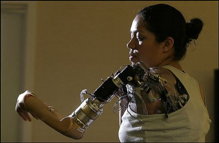 "Claudia Mitchell: ""Bionic Woman""    Also found at: http://science.howstuffworks.com/bionic-arm.htm"