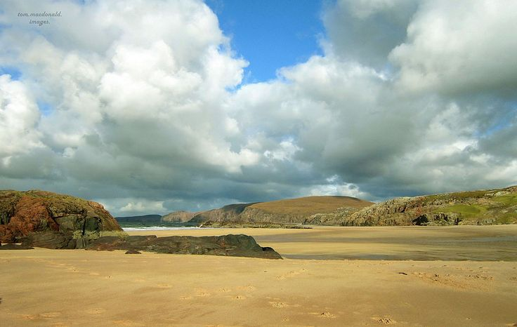 Looking north across Sandwood bay.