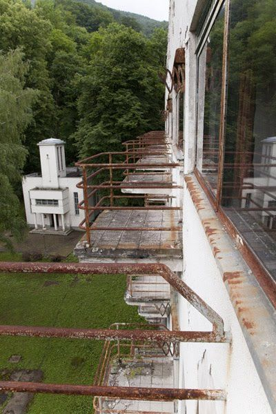 Súčasný stav sanatória Machnáč - abandoned (re)creation