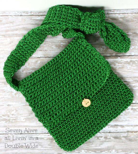 Adventure Satchel Crochet Pattern - Seven Alive