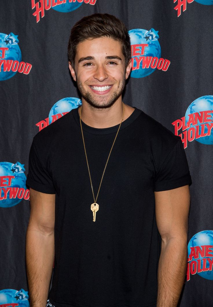 Jake Miller's Hair: 'First Flight Home' Singer Reveals He Wants to ...