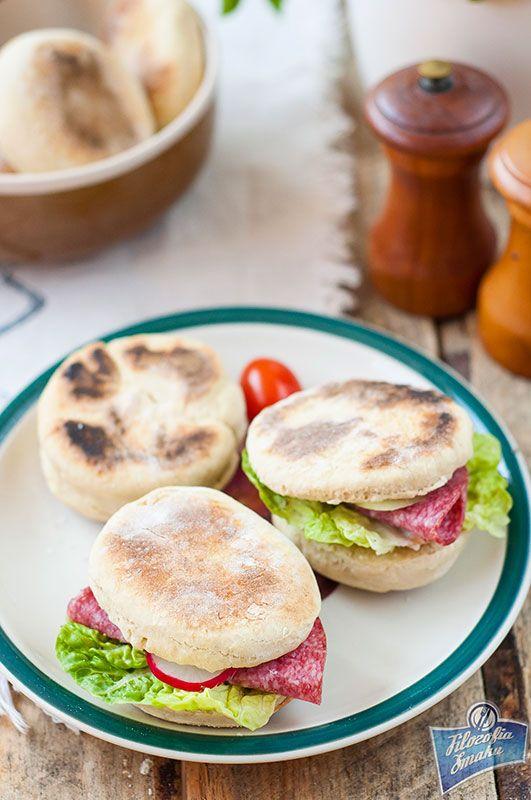 Proziaki - Soda bread rolls.