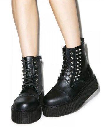 10 Vegan Winter Boots Under $200