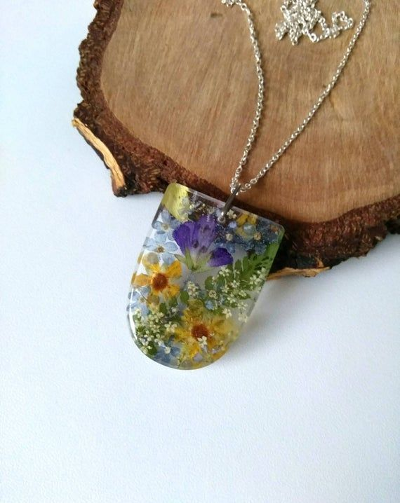 crystal necklace gift for friend pressed flowers pendant necklace resin jewelry green necklace nature gift for sister Christmas gift ideas