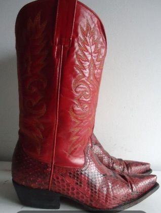 Rode cowboylaarzen