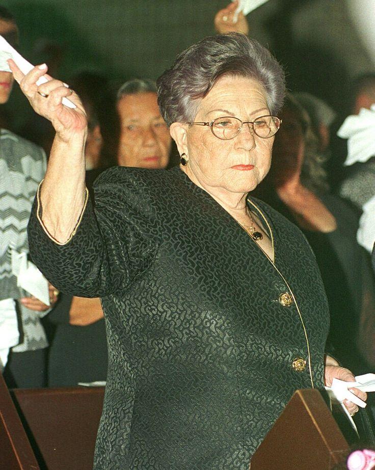 Pablo Escobar mother