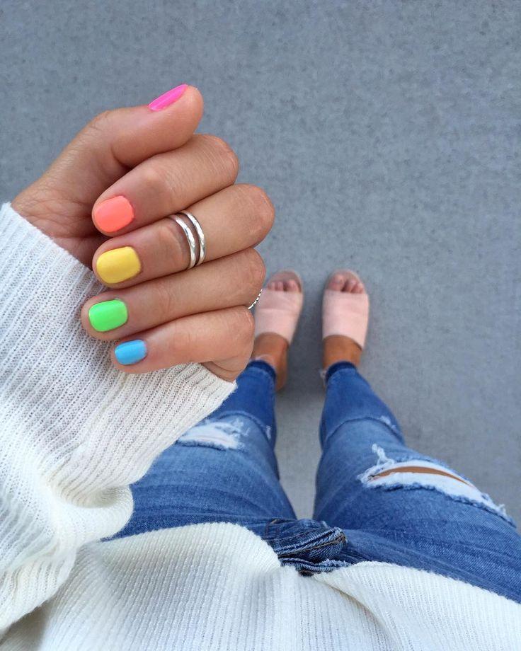 Als je maar één kleur kunt kiezen, kies je ze allemaal! 💕 De perfecte zomer …