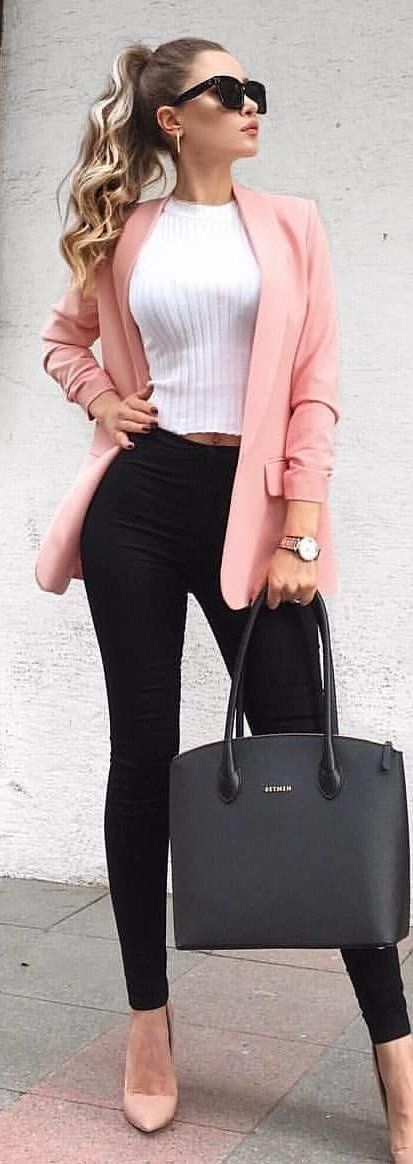 #spring #outfits woman wearing pink coat and black pants. Pic by @prettylittleiiinspo