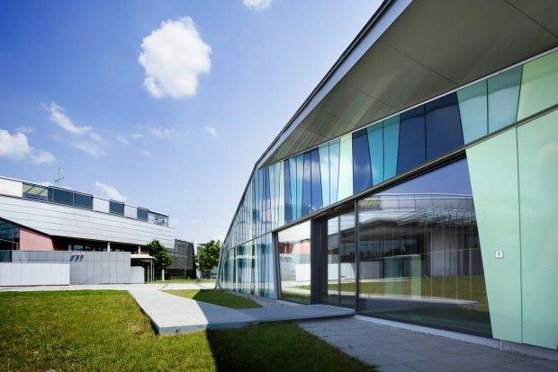 Mensa, Oskar-Maria-Graf-Gymnasiums / our client: kneer-suedfenster.de / via: www.abcinteriors.de