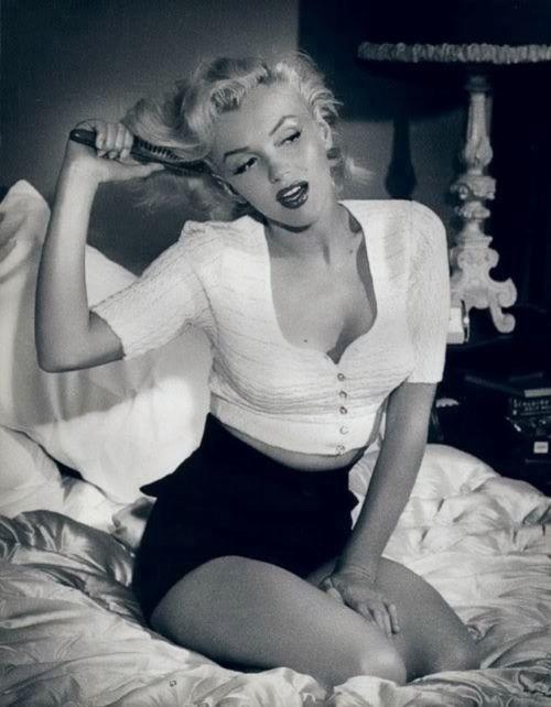 <3 Marilyn <3: Hair Beautiful, Marilyn Monroe, 50Th Anniversaries, Norma Jeans, Real Beautiful, Pinup, Pin Up, Photo, High Waist Shorts