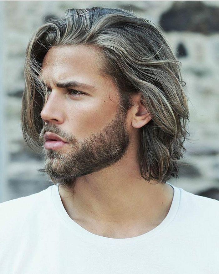 Pin By Coschi On Long Gray Hair In 2020 Medium Hair Styles Long Hair Styles Medium Length Hair Styles