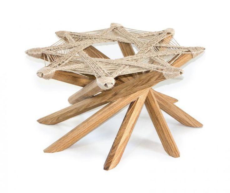 Small table Octavo Made of oak wood. Designer: Saverio Fasulo.