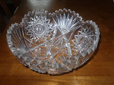 ANTIQUE CUT GLASS AMERICAN BRILLIANT ERA---EARLY 1900'S BEAUTIFUL PRISIM COLOR WHEN HELD IN LIGHT FRUIT BOWL CONDITION---NO CRACKS----A FEW EXTREMELY MINOR FLEA BITES VERY FEW LESS THEN THE SIZE OF A