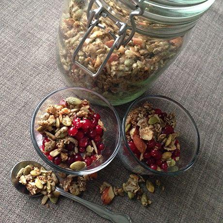 Supergod granola – glutenfri och sockerfri – med kanel och kardemumma | Get in shape