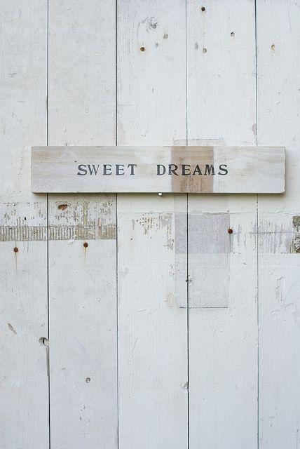wood & word sign [sweet dreams] by wood & wool stool, via Flickr: http://www.flickr.com/photos/woodwoolstool