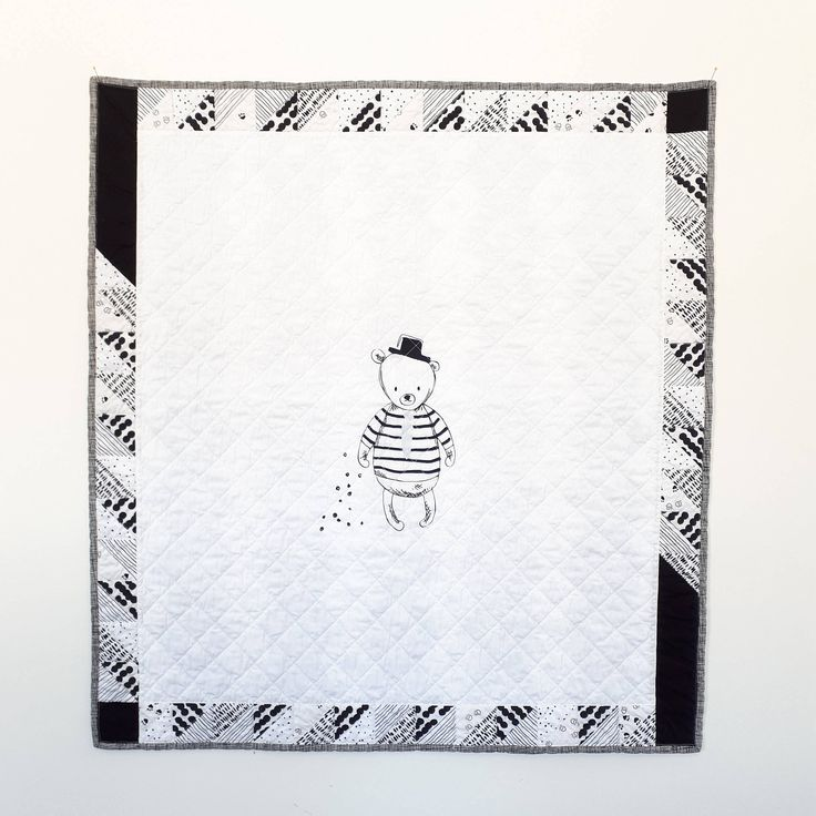Sir Bear Panel Baby Quilt, Black and White Baby Quilt, Gender Neutral Baby Quilt, Baby Blanket
