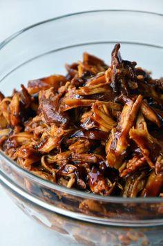 Slow Cooker Honey Garlic Chicken | justataste.com