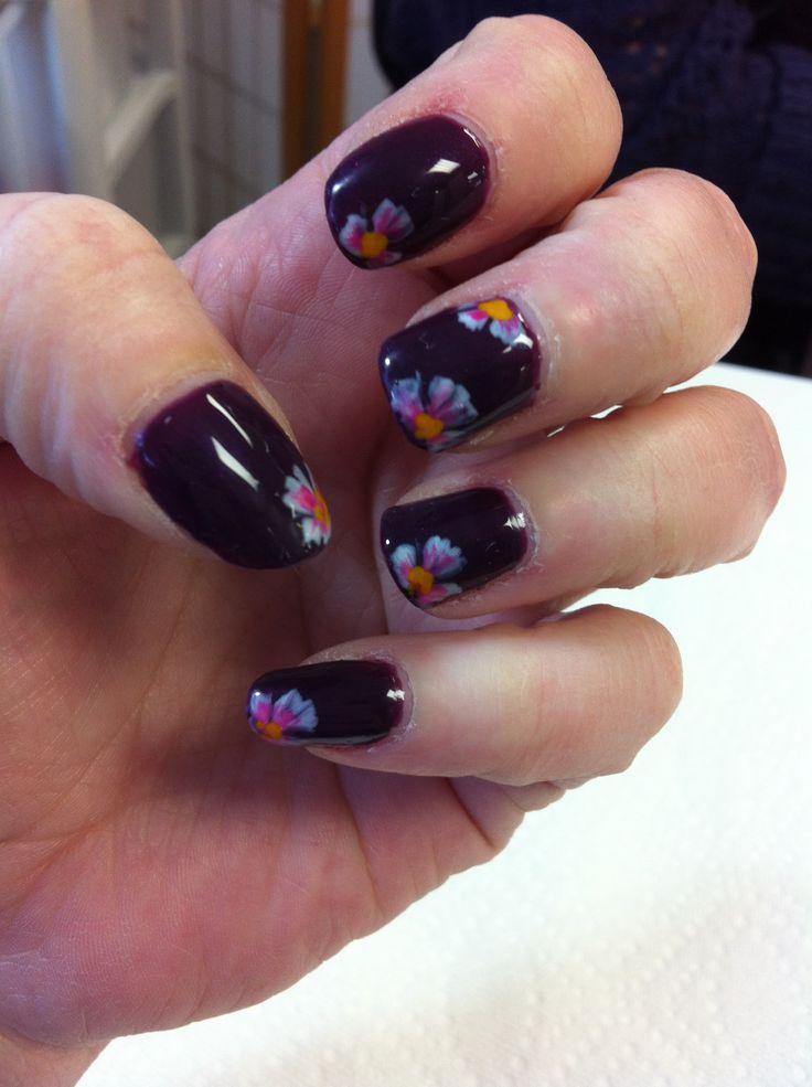 Done by sarah hazen salon be springfield illinois nails