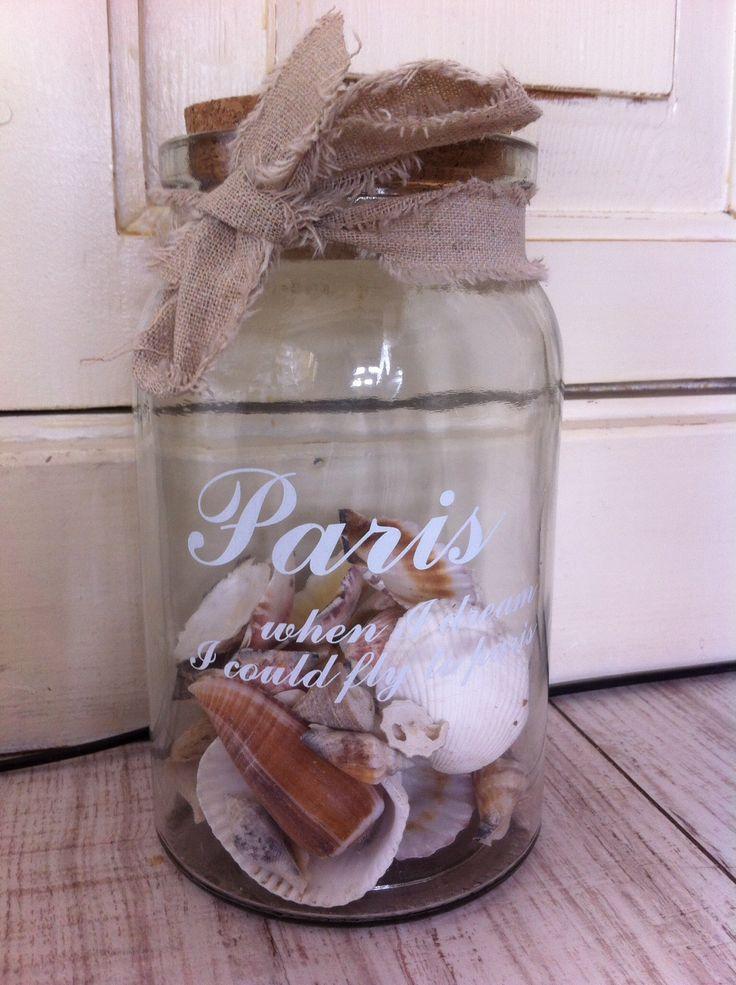 Brocante decoratiepot 11x18 cm  1 pot:         €6,00 2 potten:    €11  Geinteresseerd? Neem contact op via: cozyliving@outlook.com