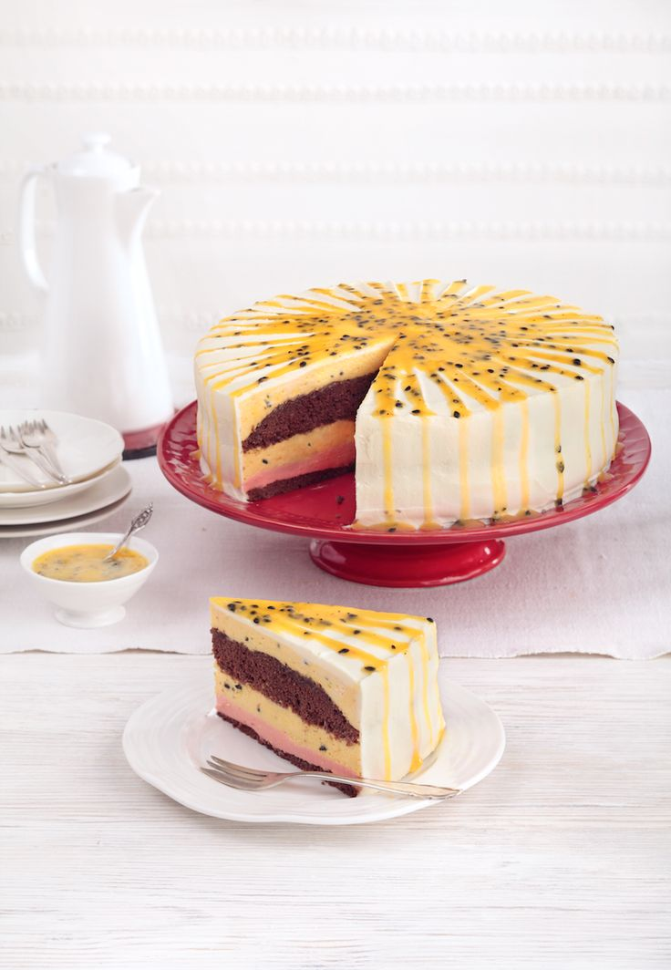 Hazelnut Meringue Torte With Chocolate Cinnamon Mousse