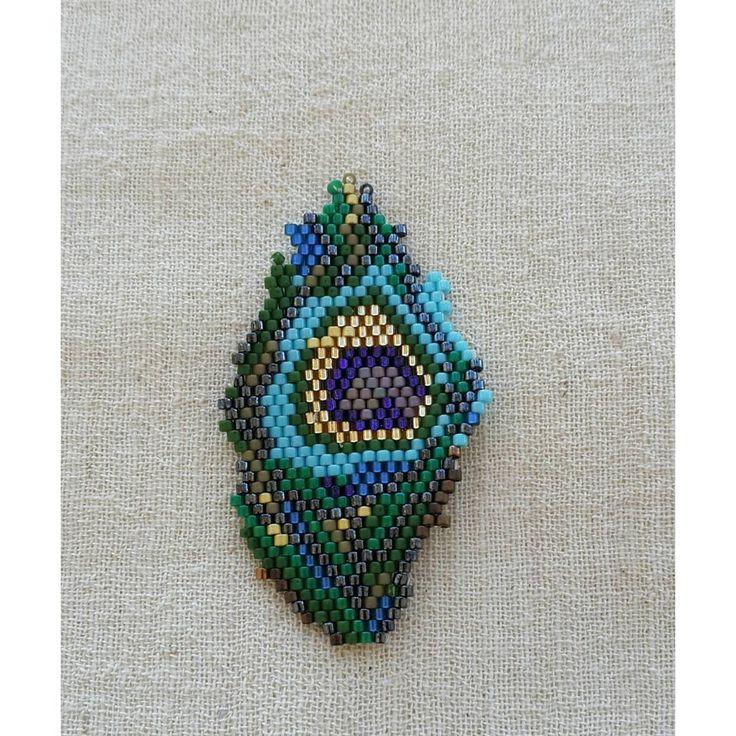 "54 Me gusta, 2 comentarios - byfatosyilmaz (@atolye_ekim) en Instagram: ""#atolye_ekim #miyuki #peacock #handmade #bileklik #yeni #instagood #dogalhayat #instadaily…"""