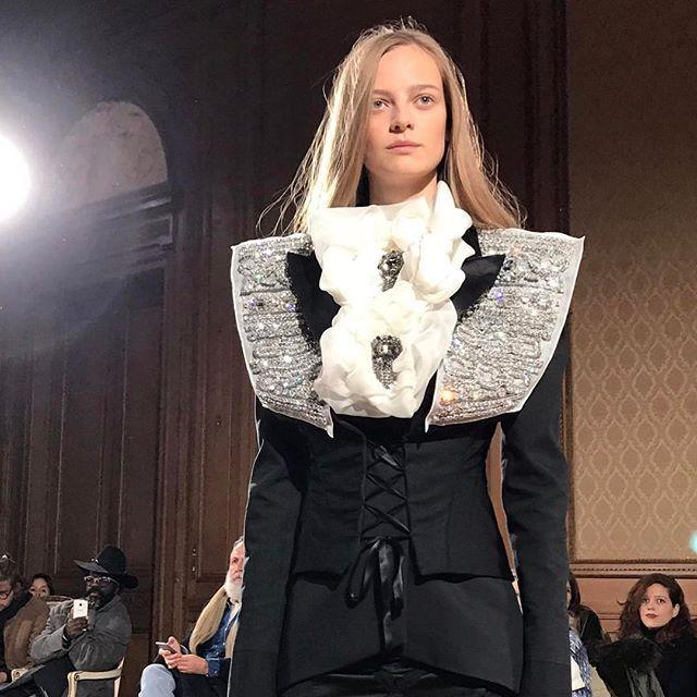 La prima sfilata #HauteCouture di #Redemption che ha come direttore creativo #BebeMoratti è un clash fra #Mahler e i #BlackSabbath il #Rococo e #Blondie. Fun&Heart! #MCSfilate #PFW  via MARIE CLAIRE ITALIA MAGAZINE OFFICIAL INSTAGRAM - Celebrity  Fashion  Haute Couture  Advertising  Culture  Beauty  Editorial Photography  Magazine Covers  Supermodels  Runway Models