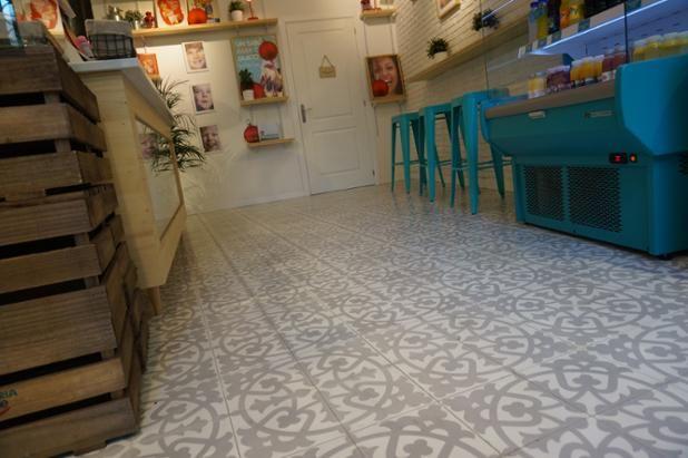 Cafeterias con Mosaico #mosaicohidraulico #carreauxciment #cementtiles #tendencias #fashion #desinghome