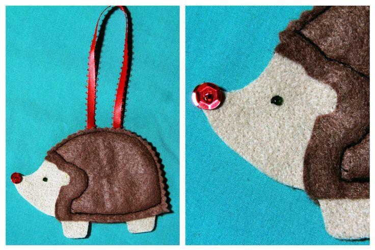 Make a quick felt ornament, gift tag or coaster!: Craft, Gift, Hedgehog Ornaments, Felt Hedgehog, Felt Ornaments, Felt Christmas Ornaments, Christmas Ideas, Hedgehogs