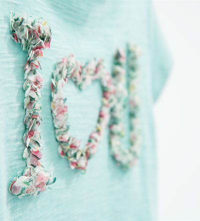 Image 4 of Text and flower top from Zara