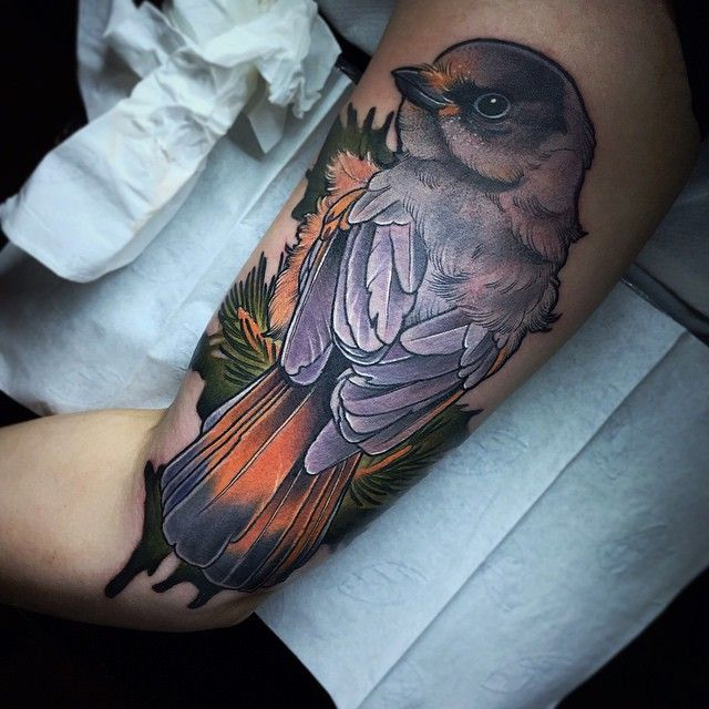 Inside upper arm .. Tack Linda :)