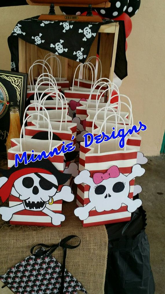 Check out this item in my Etsy shop https://www.etsy.com/listing/246387546/pirate-goodie-bags