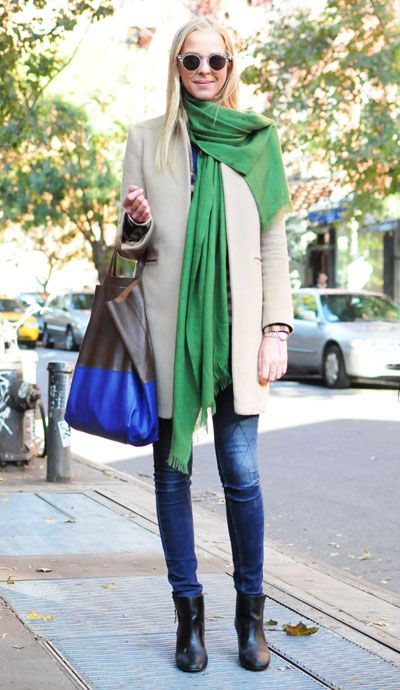 such great style, the colors are great: Colors Combos, Denim Jeans, Green Scarves, Street Style, Jeans Bags, Green Scarfs, Fashion Trends, Brown Boots, Trench Coats