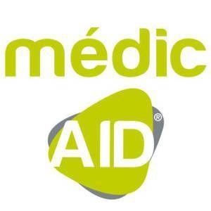 J'ai reçu un petit message bien sympathique de MédicAid aujourd'hui pour m'annoncer qu'il y avait des promotions de leurs produits sur AMAZON!!! Alors j'en fais profiter mes lecteurs et mes followers!!!! Voici les différentes promotions: • Peigne anti-poux...
