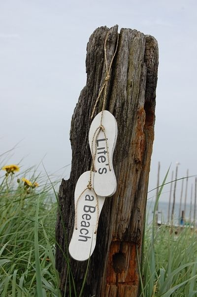 "Sandalen ""life's a Beach! | Strand&decoratie | Groeten uit IJmuiden souvenirs"