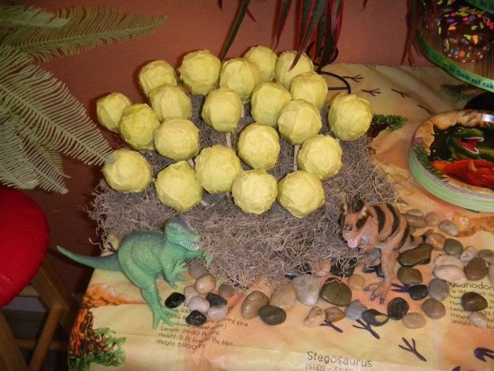 a study of dinosaur eggs and nesting By studying these eggs, scientists can learn about a lot more than how dinosaurs reproduced eggs and their positions within nesting grounds can yield lots of clues about dinosaur behavior the structure of the eggs can help scientists figure out whether dinosaurs were more like birds or reptiles and, in a very few cases,.