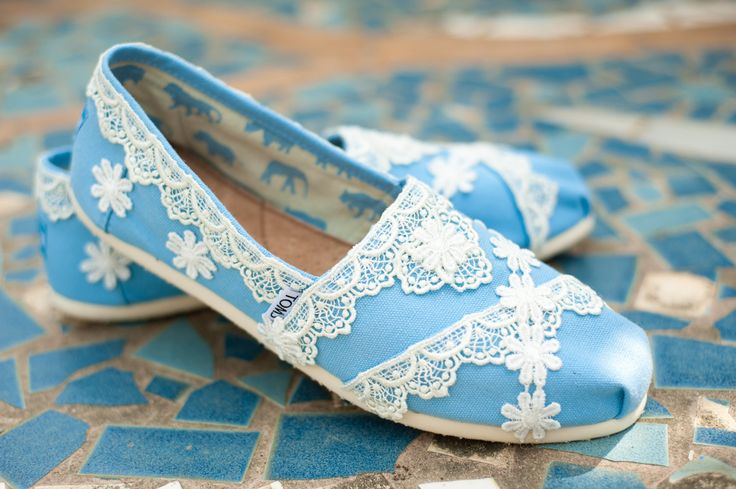 Toms!!: Lace Toms, Diy Ideas, Something Borrowed, Wedding Shoes, Toms Shoes, Custom Toms, Blue Lace, Something Blue, Blue Wedding