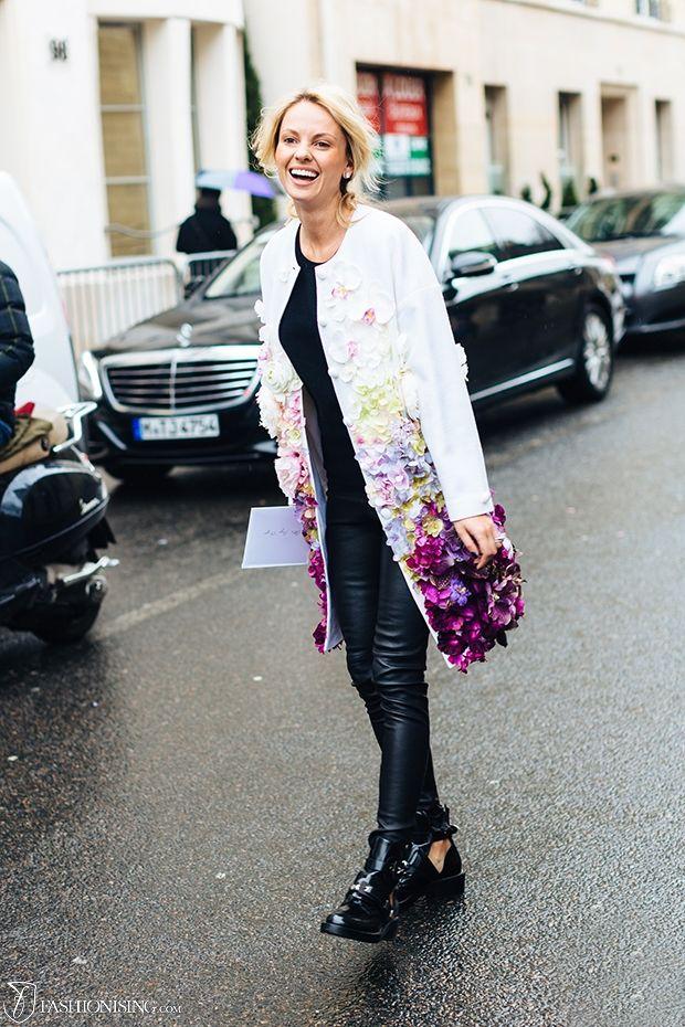The coat of flowers: in Paris - Fashionising.com