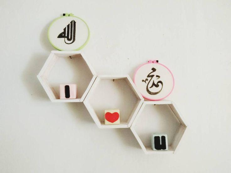 Ide Kreatif Hiasan Dinding Hexagonal