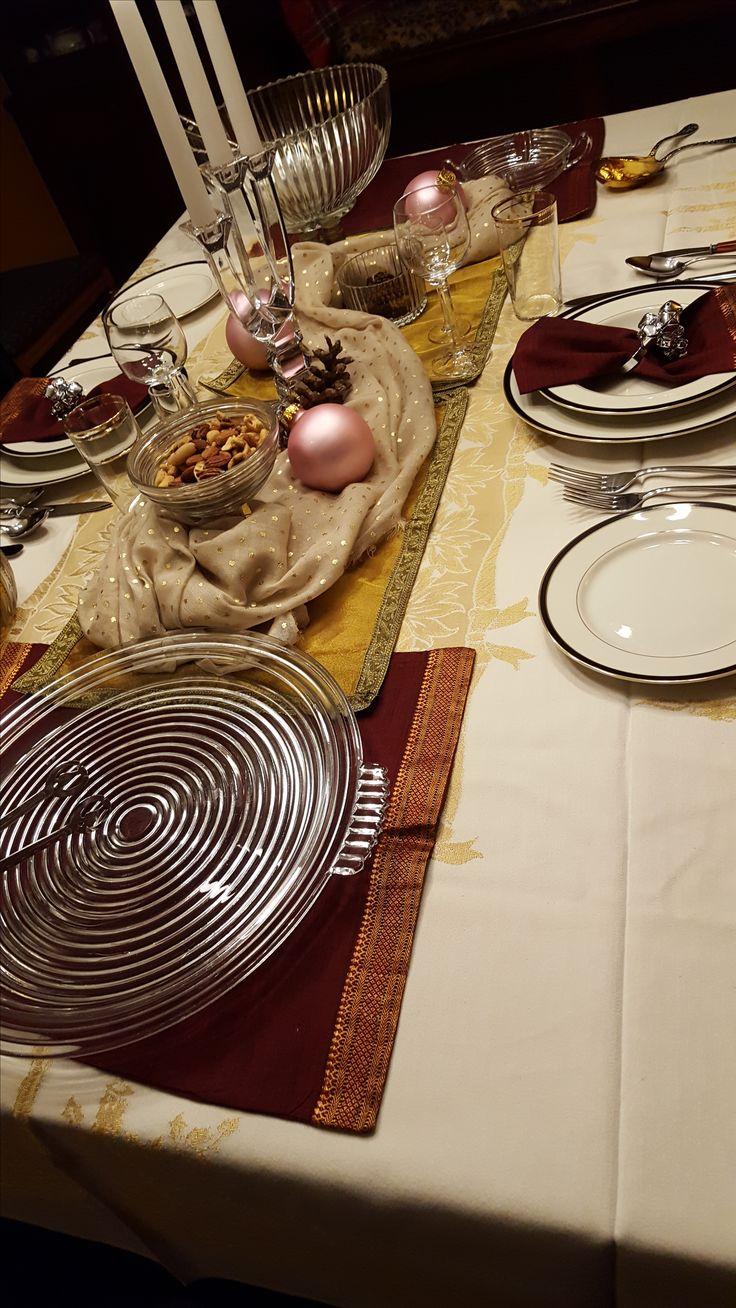 42 best Tablescape: December Glamour images on Pinterest | Table ...