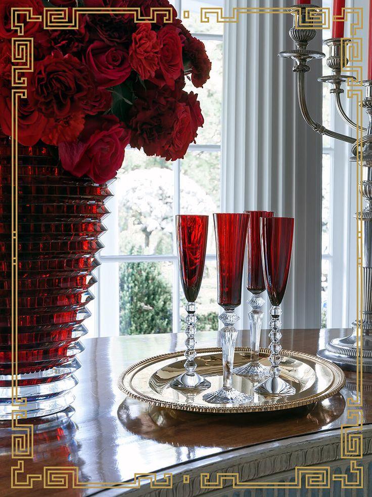 Large Eye Vase set with Mille Nuits and Vega Flutes