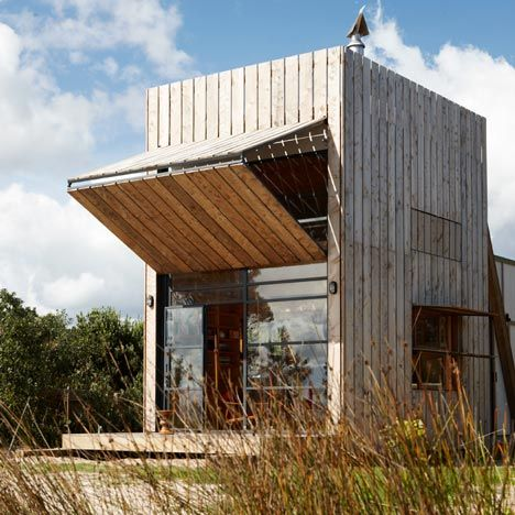 Hut on Sleds by Crosson Clarke Carnachan Architects. Get inspired by Confident Living.