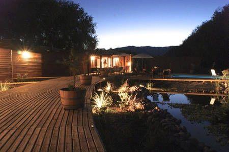 Échale un vistazo a este increíble alojamiento de Airbnb: Lodge rural  en la Ruta del Vino en Santa Cruz